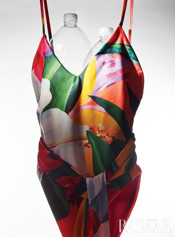 플로럴 프린트 수영복은 41만원 Mara Hoffman by Mue.