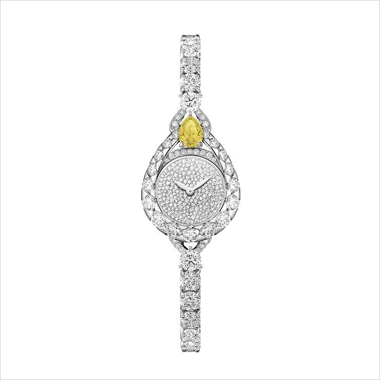 옐로 다이아몬드가 돋보이는 '조세핀 아그레뜨' 쇼메의 하이주얼리 워치.