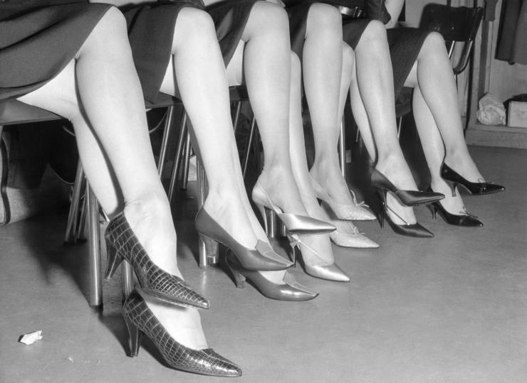 크리스찬 디올의 1961 F/W 컬렉션을 위한 로저 비비에의 신발들. Ⓒ게티 이미지, rogervivier.com