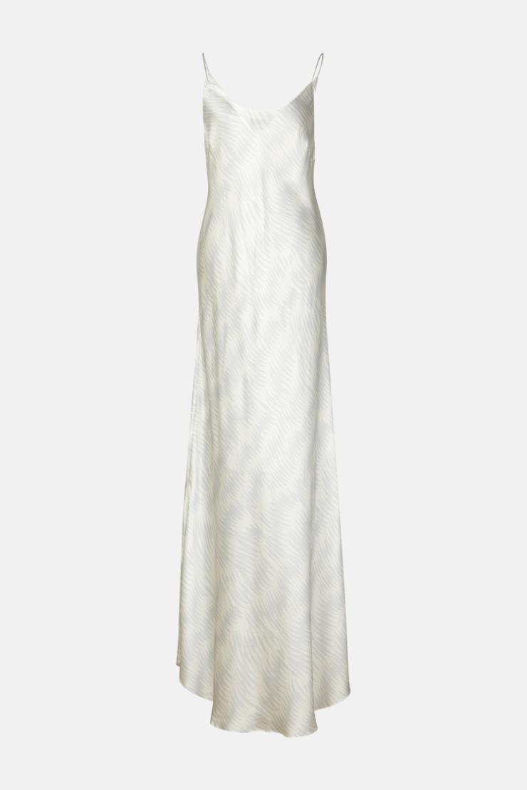 스웨트셔츠에 레이어드하기 좋은 실크 슬립 드레스는 62만9천원, Berenice.