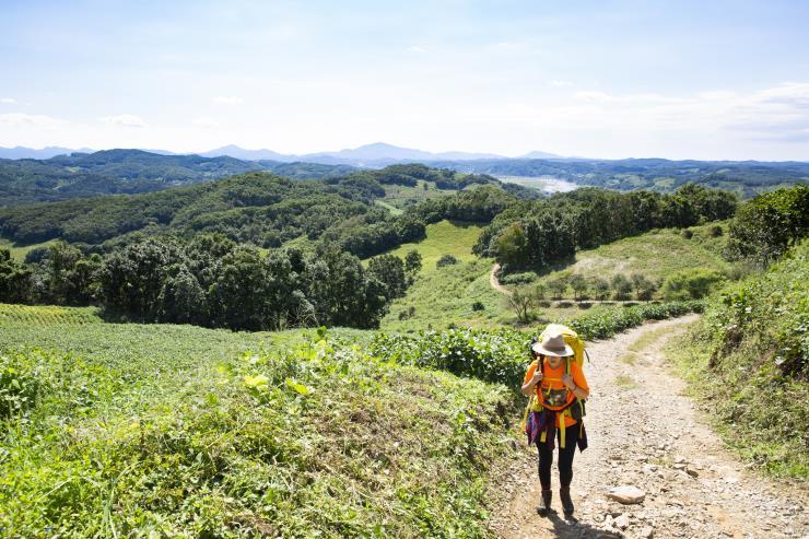 연강나룻길을 걷는 나. (c) 조혜원